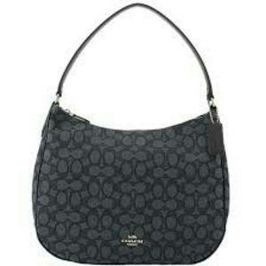 ❤Coach️ Zip Shoulder Bag In Signature Jacquard❤❤